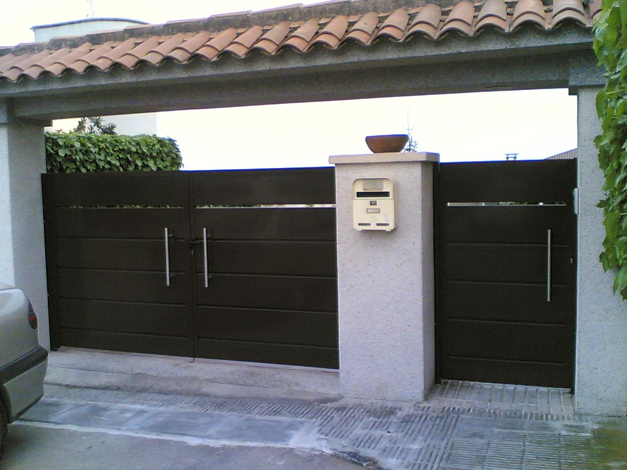 Avila puertas cierres met licos avila s l calafell - Puertas de metalicas ...