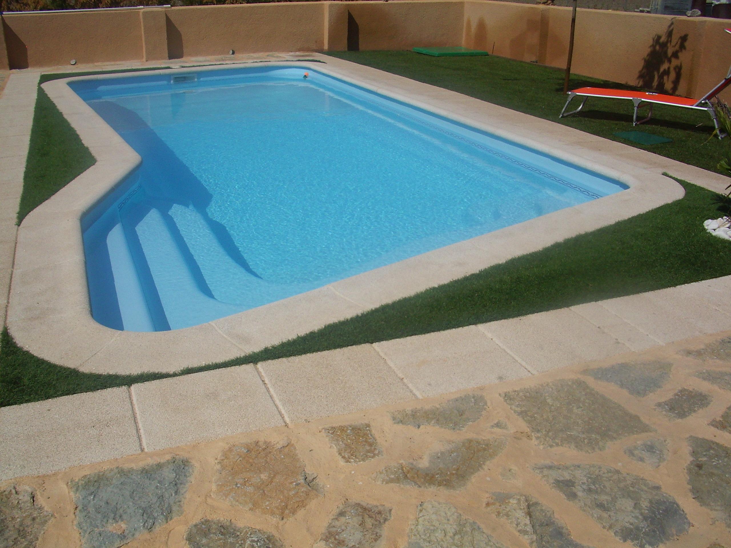 Jama piscinas y jardines gij n - Piscinas pequenas prefabricadas ...