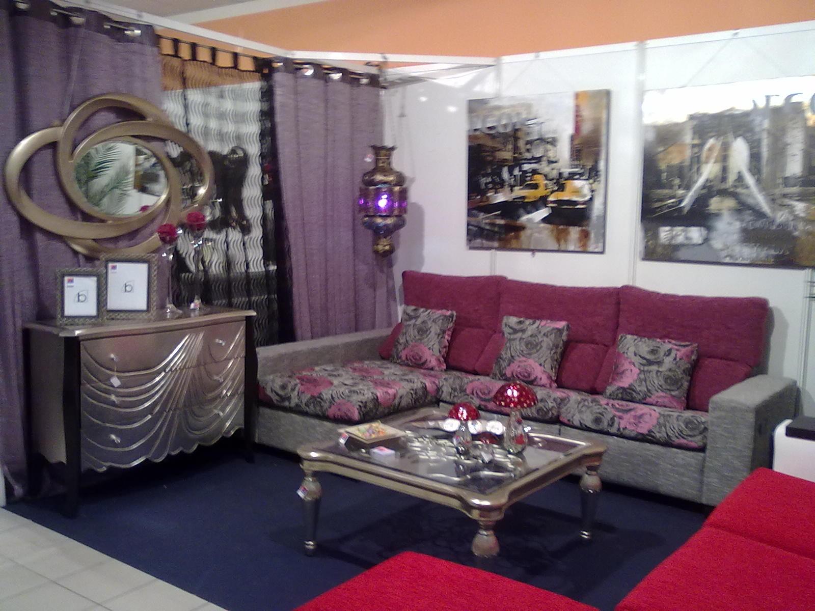 Pilas fabrics sofa s l carri n de los c spedes for Natuzzi sevilla
